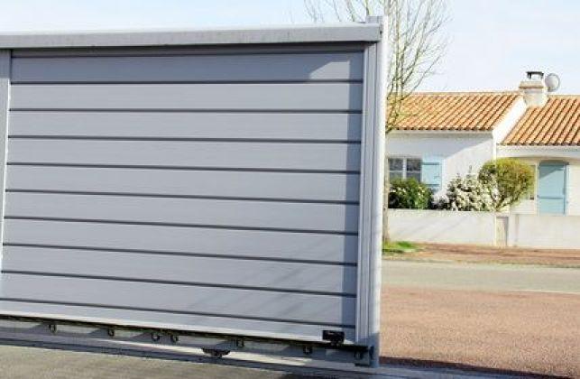 Le portail en aluminium, des possibilités presque illimitées