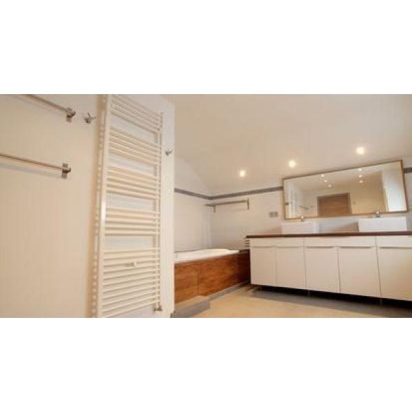 le radiateur mural les diff rents mod les et leur fonctionnement. Black Bedroom Furniture Sets. Home Design Ideas