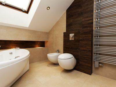Le radiateur soufflant de salle de bain