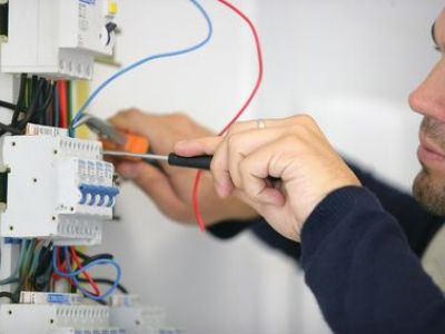 Le tarif pour un dépannage électrique