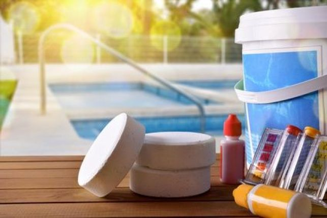 Le traitement de l'eau d'une piscine