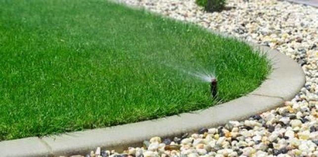 Les arroseurs programmables pour votre jardin