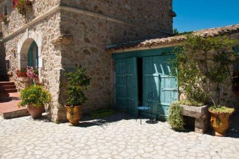 Les bastides provençales