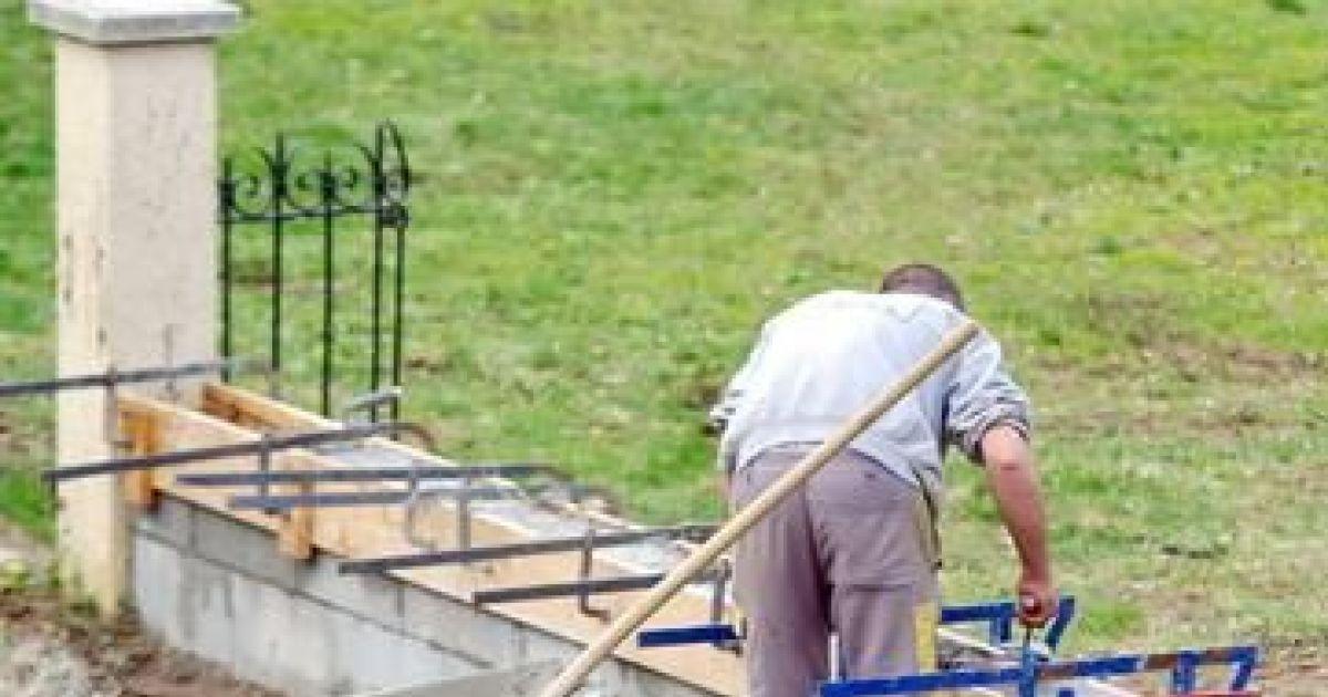 Les blocs bancher ou parpaing usage et sp cificit s - Construire sa piscine en parpaing ...