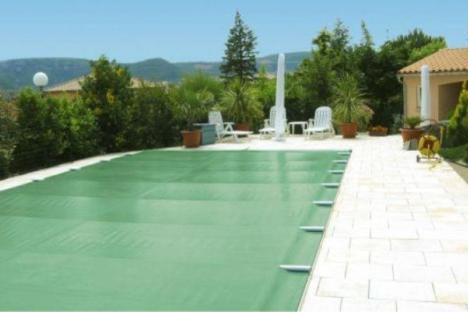 Les couvertures de piscine