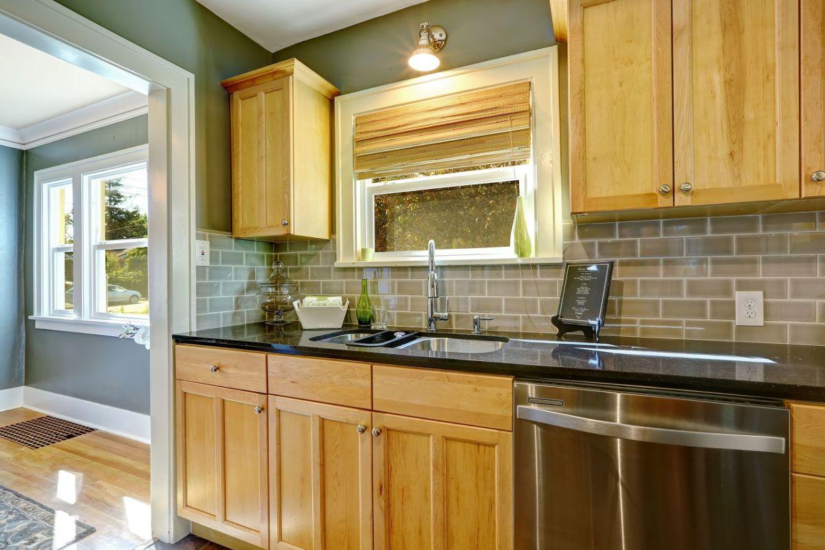 Porte Cuisine Chene Massif les cuisines en chêne massif, durables et robustes