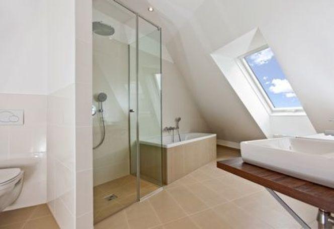 Les minis baignoires sabot pour petites salles de bains