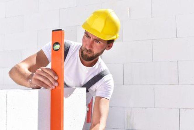 Les outils de traçage et de mesure en bâtiment