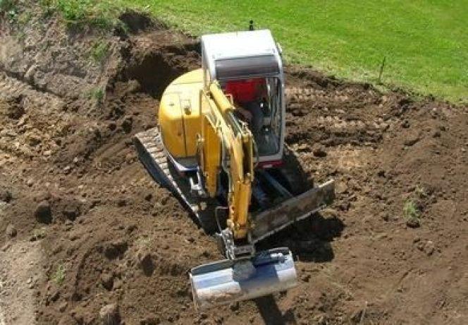 Louer une tractopelle pour effectuer un terrassement