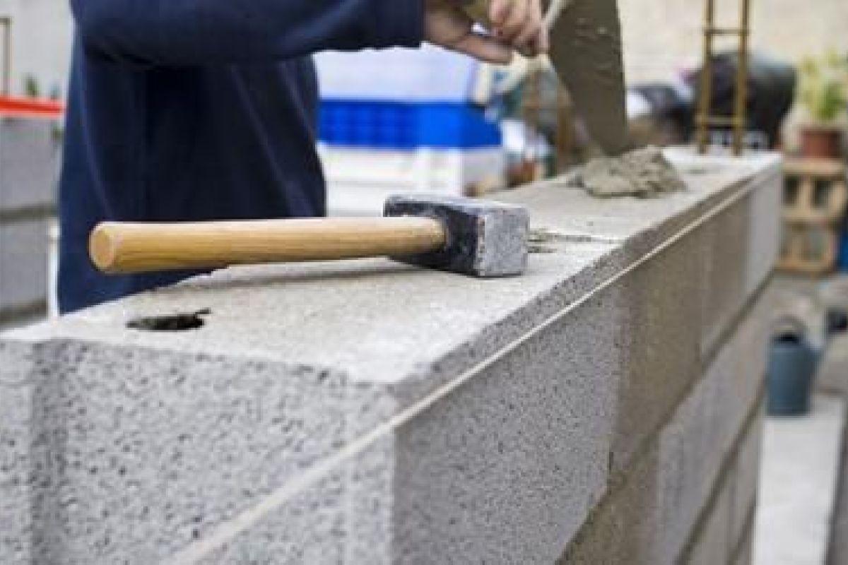 Habiller Un Mur Exterieur En Parpaing les murs en briques : qualité et caractéristiques du matériaux