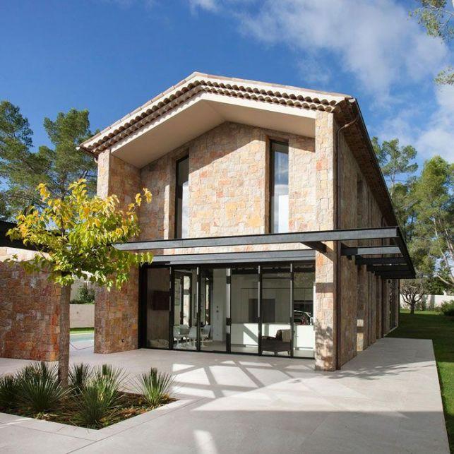 Une maison d'architecte moderne en pierre