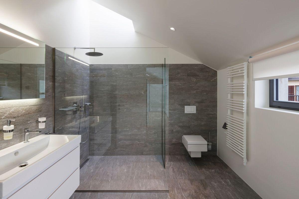 La Maison Du Parquet peut-on poser du parquet dans une salle de bain ?