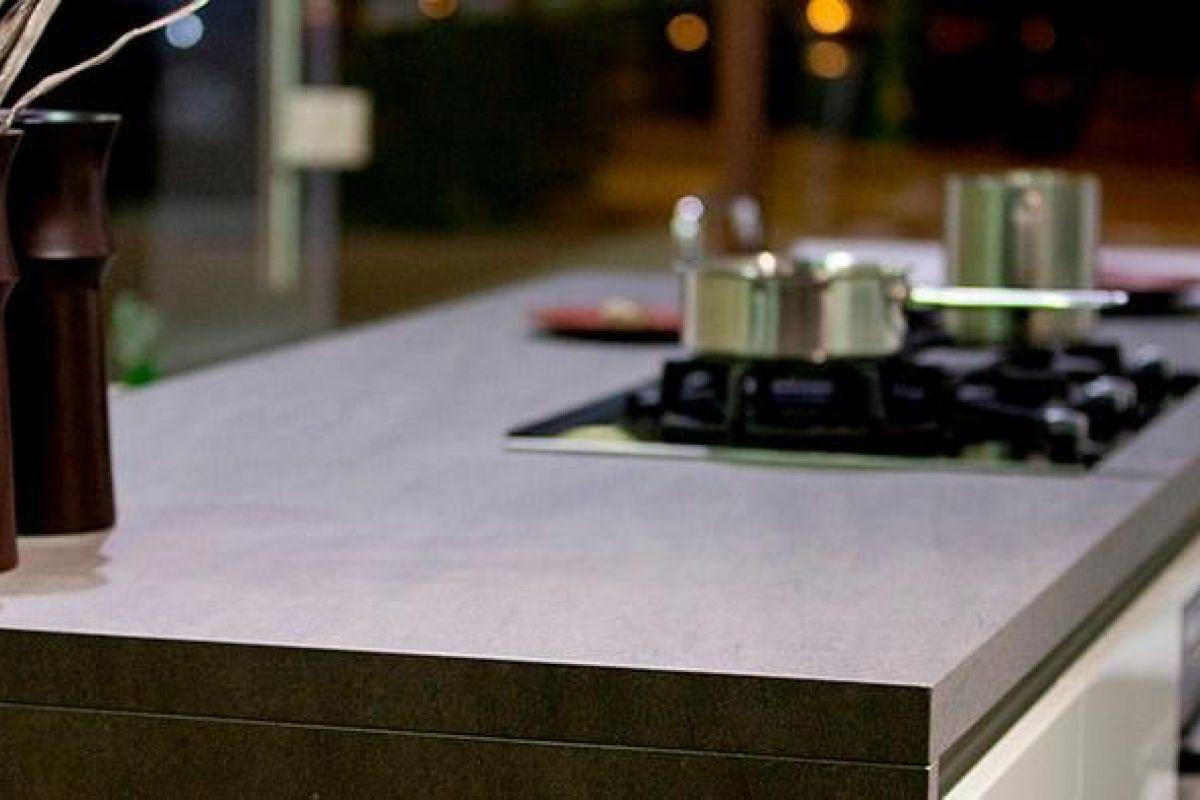 Nettoyer Un Plan De Travail Stratifié plan de travail de cuisine en grès : avantages et