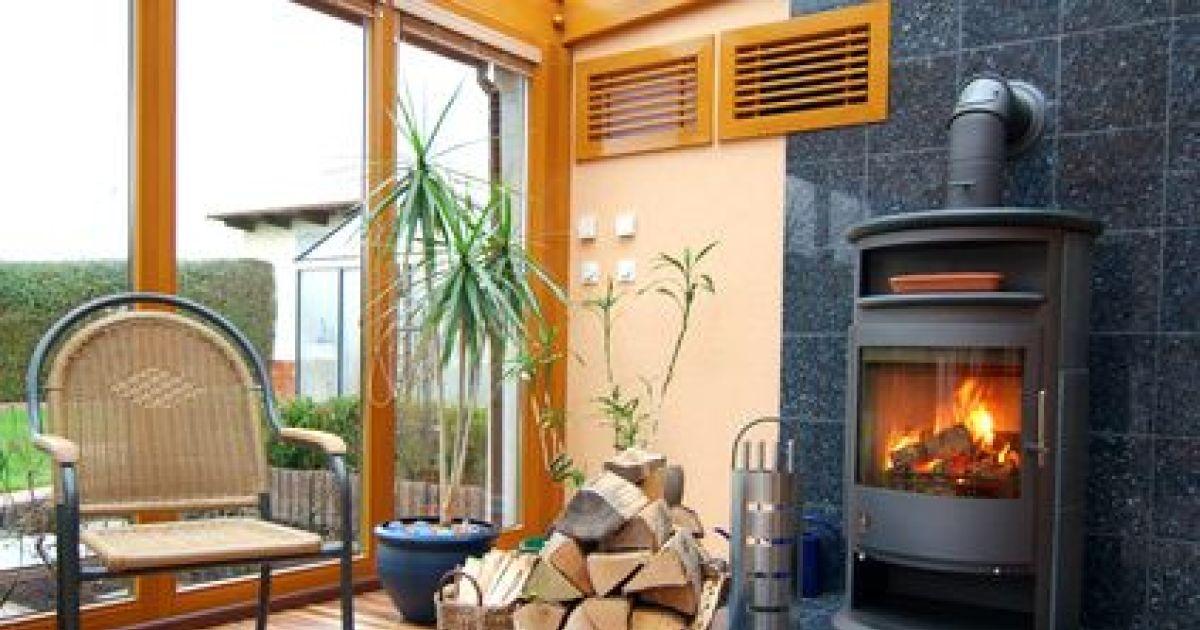 de a z tout savoir sur les po les bois achat prix installation et entretien. Black Bedroom Furniture Sets. Home Design Ideas