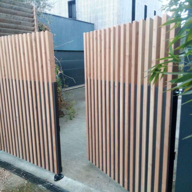 Un portail design en métal et bois