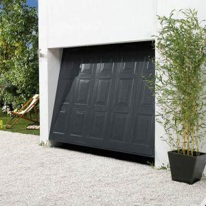 Porte de garage par Lapeyre