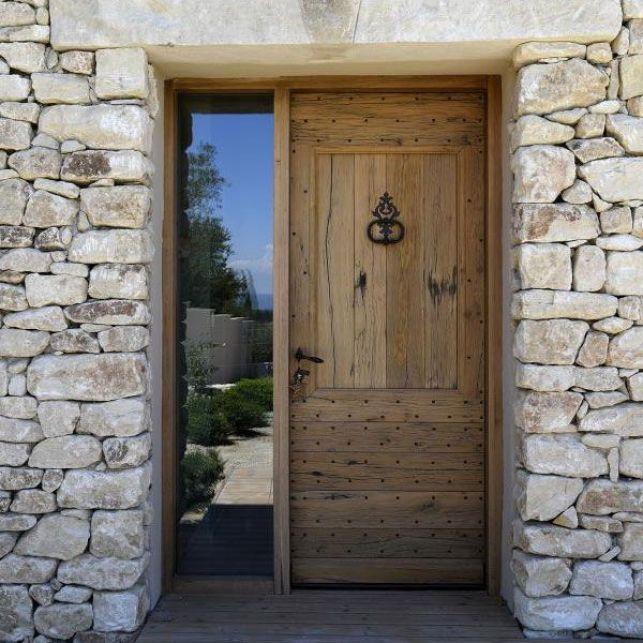 La porte d'entrée inspirée du style mas provençal