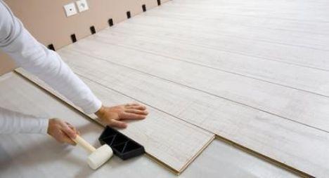 pose d un parquet flottant avantages et inconv nients de ce type de rev tement de sol. Black Bedroom Furniture Sets. Home Design Ideas