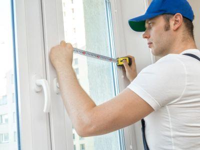 Prendre les mesures pour poser une fenêtre