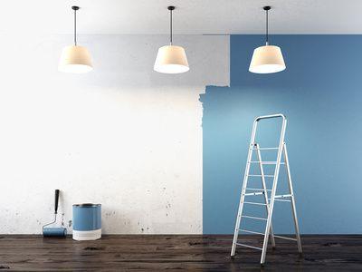 Préparation du mur avant application de la peinture