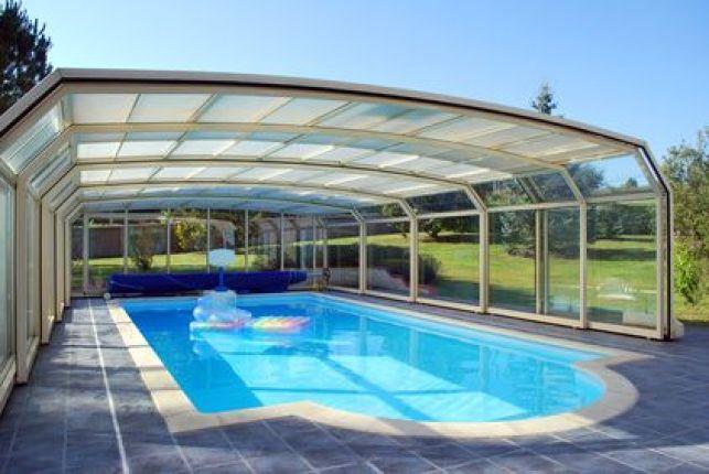 Prix d'un abri de piscine fixe