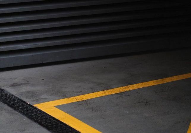 Quel revêtement de sol et mur pour un garage ?