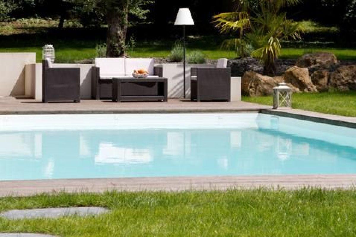 Tour De Piscine Gazon Synthetique quelles variétés de gazons semer autour d'une piscine ?