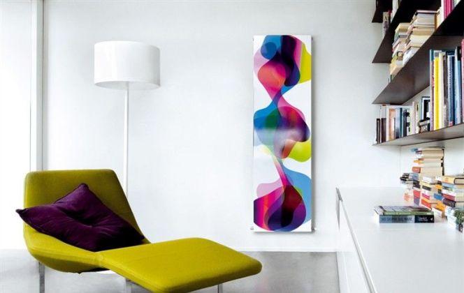 Ce radiateur au design de toile artistique rehaussera les couleurs de votre pièce. © Caleido