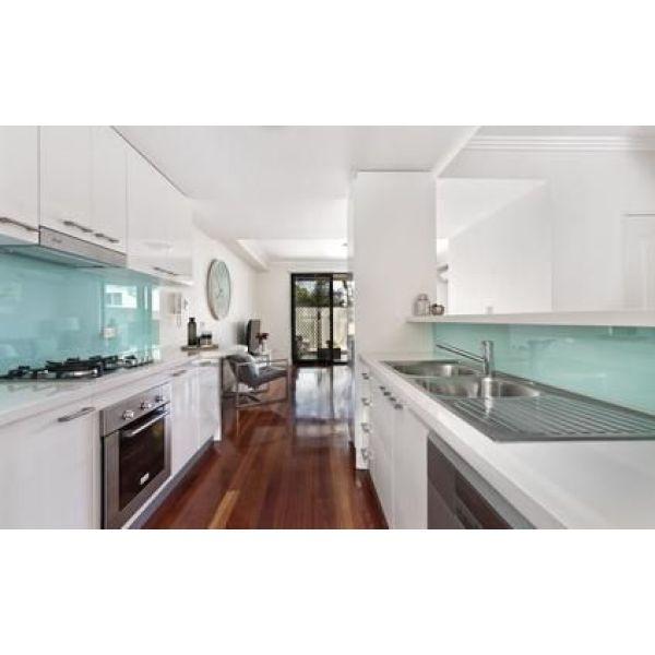 Relooker les meubles d une cuisine for Relooker meuble cuisine