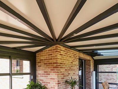 Rénover la toiture d'une véranda