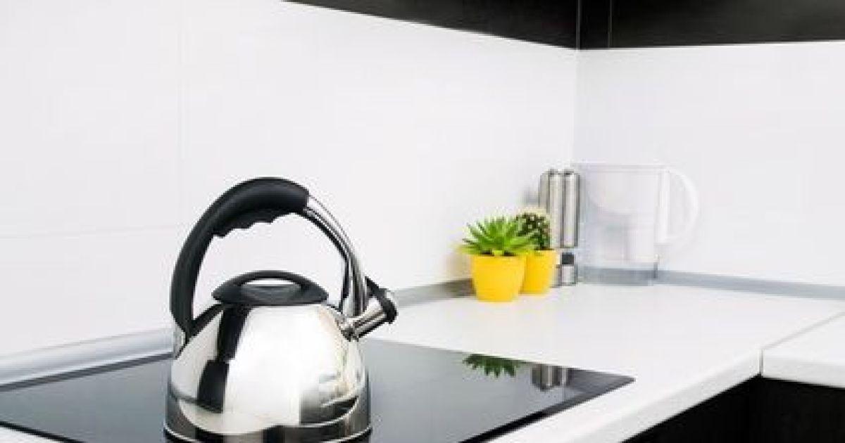 R nover un plan de travail de cuisine - Recouvrir un plan de travail carrele ...
