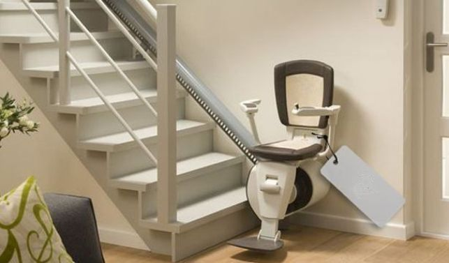 Réparation d'un monte-escalier : trouver les pièces détachées