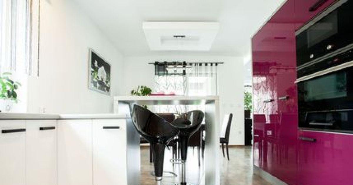 Repeindre les meubles d une cuisine for Meuble de cuisine repeint