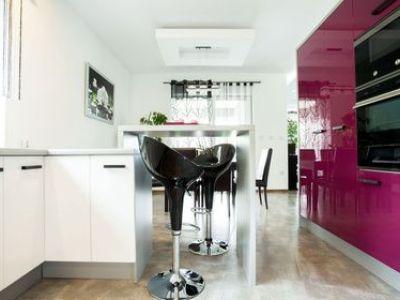 Repeindre les meubles d'une cuisine