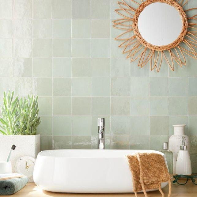 Une salle de bain style marocain grâce au revêtement en zellige
