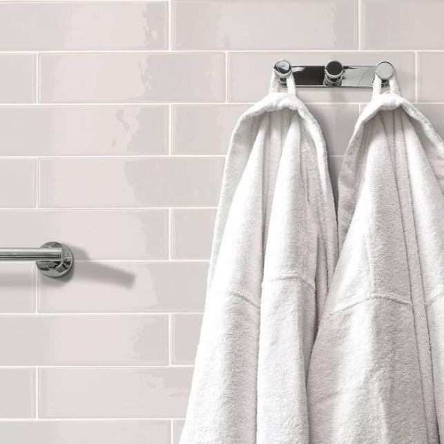 Une salle de bain moderne grâce au revêtement amovible