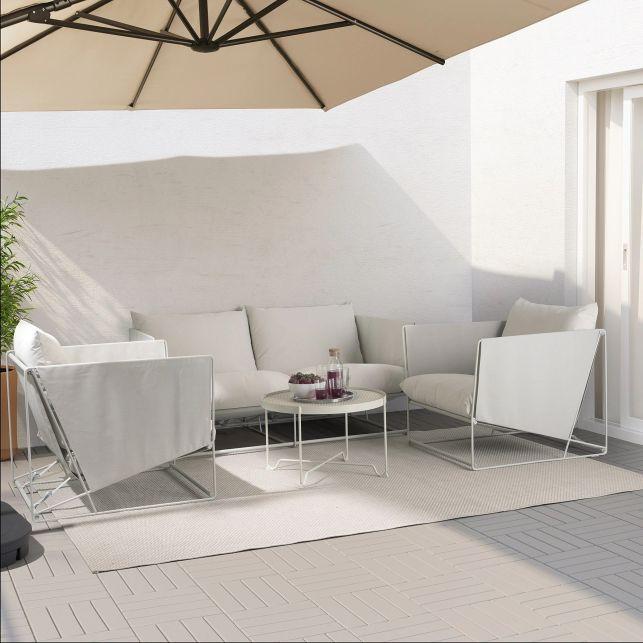 Un mobilier de salon extérieur minimaliste, design et pratique