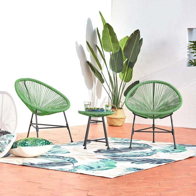 Des fauteuils Acapulco pour un extérieur coloré