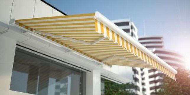 Store banne : automatique ou manuel, anticipez les chaleurs d'été !