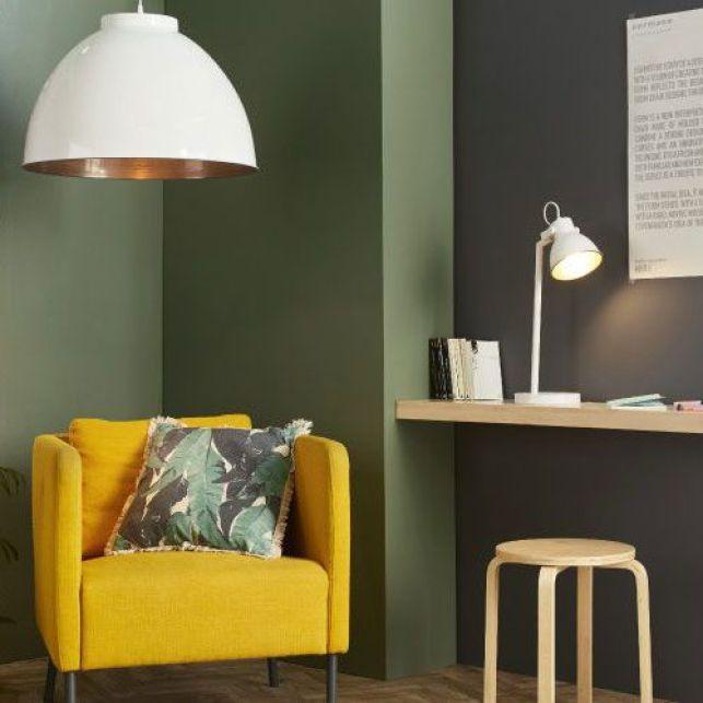Apporter du contraste avec un fauteuil jaune