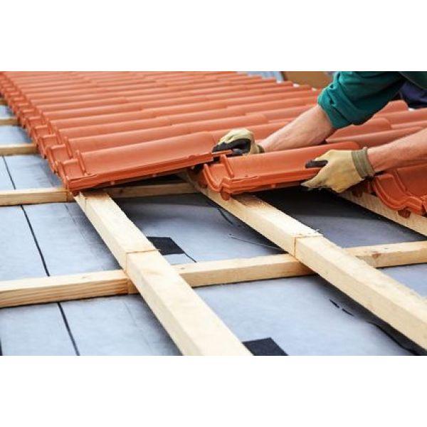 Toit avec tuiles en terre cuite sp cificit s avantages inconv nients prix co t for Differente toiture maison