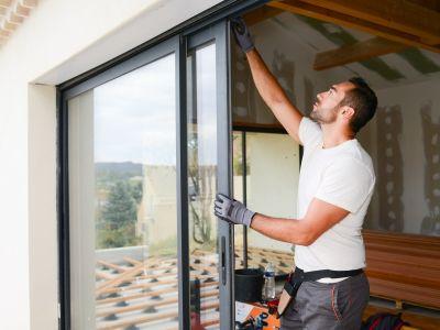 Transformer une fenêtre en porte-fenêtre