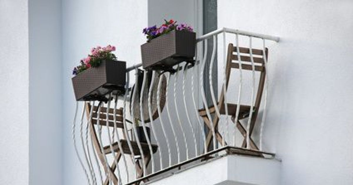 un garde corps pour votre balcon. Black Bedroom Furniture Sets. Home Design Ideas