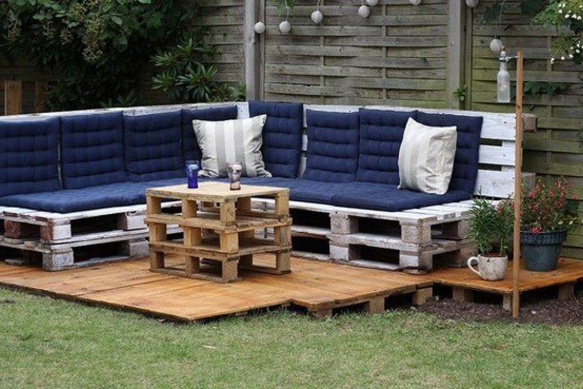 Nettoyer Salon De Jardin En Bois un salon de jardin en palettes de bois