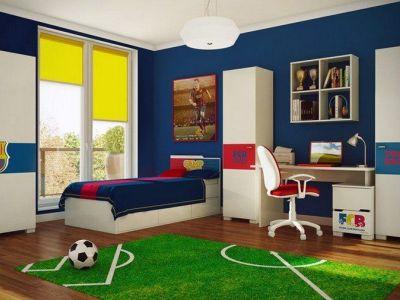 Une chambre d'enfant à la déco football