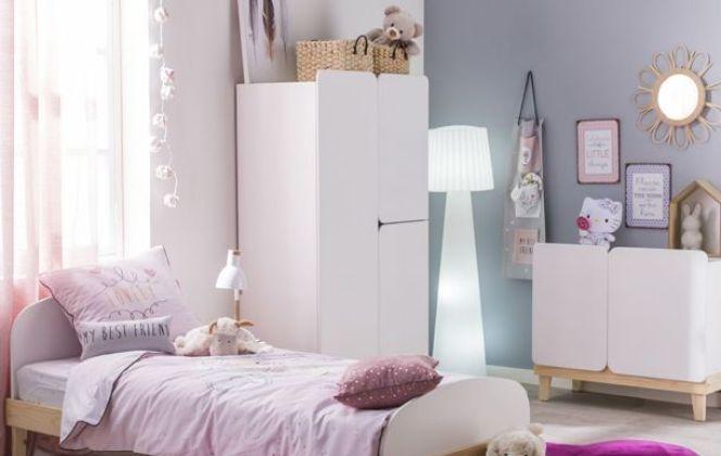 Une chambre d'enfant bien aménagée pour une petite fille.  © Alinea