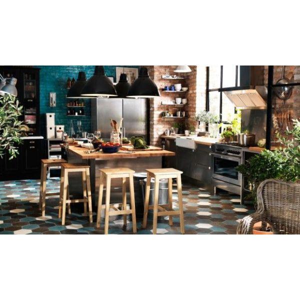 Une cuisine à la déco industrielle © Ikea