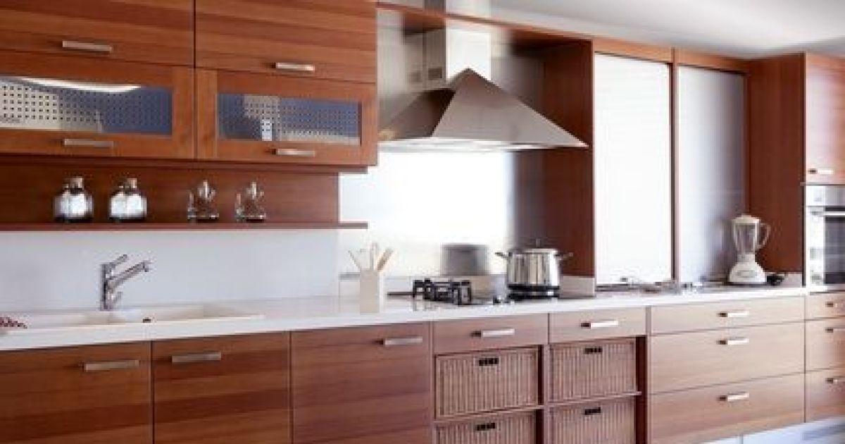 Relooker et rajeunir une ancienne cuisine en ch ne - Refaire sa cuisine a moindre cout ...
