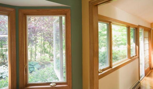 Une fenêtre en bois sur mesure