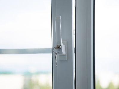 Poignée de sécurité pour fenêtre